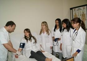 Aula Prática do curso Técnico em Enfermagem
